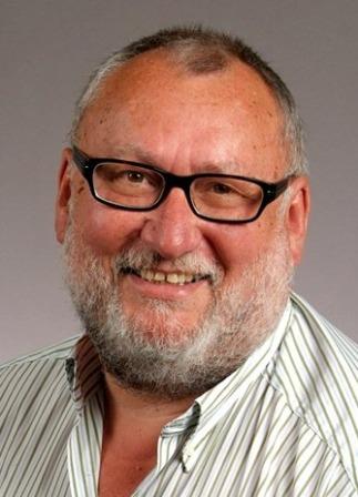 ... v. l. n. r. die stimmberechtigten Stiftungsratsmitglieder: <b>Karl Glaser</b>, ... - Pfender