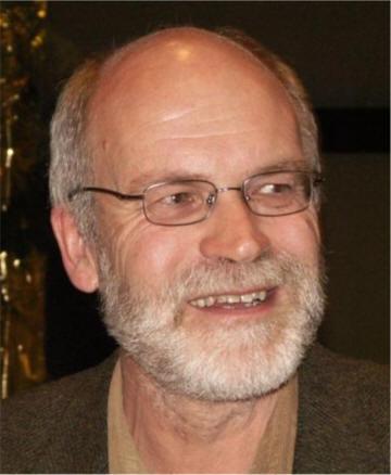 ... v. l. n. r. die stimmberechtigten Stiftungsratsmitglieder: <b>Karl Glaser</b>, ... - stiftu19